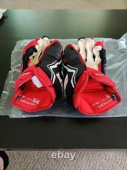 Bauer Vapor 1X Lite Pro Ice Hockey Gloves Black/Red/White Senior Size 14