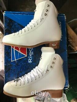 NEW! Riedell figure ice skates boot only model 910 Flair size 6.5 W $449 retail