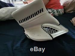 Warrior Senior Ice Hockey Goalie BLOCKER AND GLOVE BLACK AND WHITE