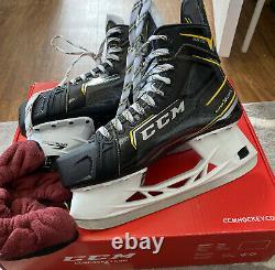CCM Super Tacks Modèle 9370d Largeur Hockey Sur Glace Patins Nouvelle Taille Senior 8.5