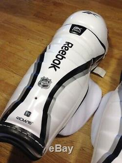 Mint Reebok 8k Pro Stock NHL 16 Protège-tibias De Hockey Sur Glace Principale Jofa 5090