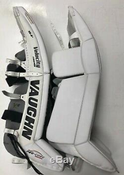 New Vaughn 1100 Pads Haut De La Jambe De Gardien De But De Hockey Sur Glace 35 + 2 Sr Velocity V6 Noir / Argentées